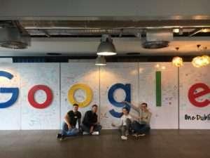 Even een foto bij de populaire photowall van Google